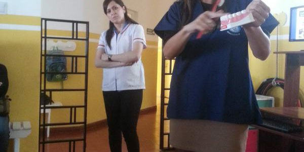 Charla para padres – Servicio de Odontopediatría – Nuevo Hospital Del Milagro
